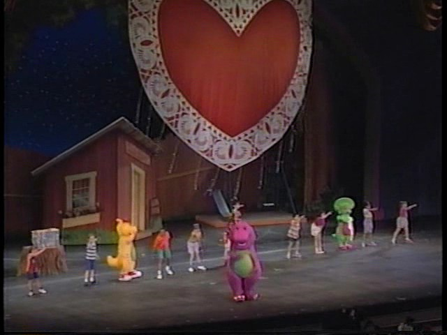 File:Barney Live in New York City.png