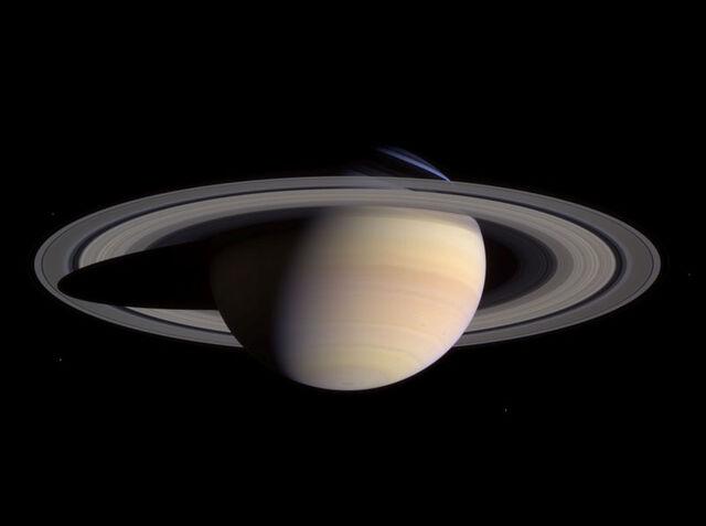File:Saturn-cassini-March-27-2004.jpg