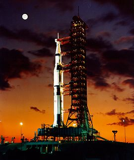 File:Saturn V Launch Pad.jpg