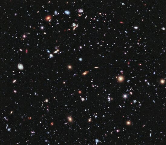 File:690958main p1237a1-XDF-Hubble.jpg