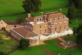 Beckingham-Palace-2