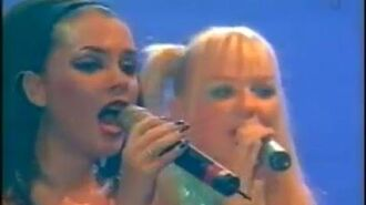 Spice Girls - Mama (Live in Istanbul)