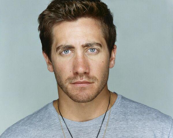 File:Jake Gyllenhaal.jpg