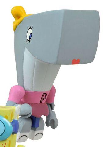 File:Nickelodeon SpongeBob SquarePants Pearl Krabs Minimates Series 2 Toy.jpg