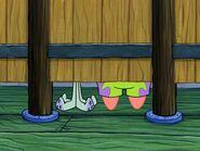 Restraining SpongeBob (55)