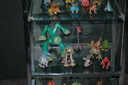 Spore figurines4