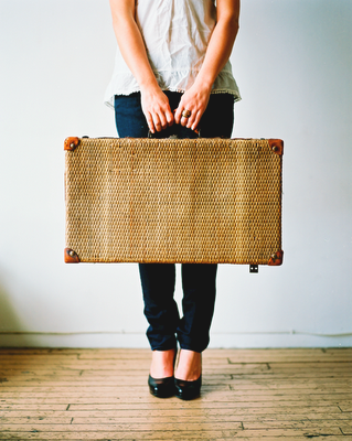 File:Girl and Suitcase.png