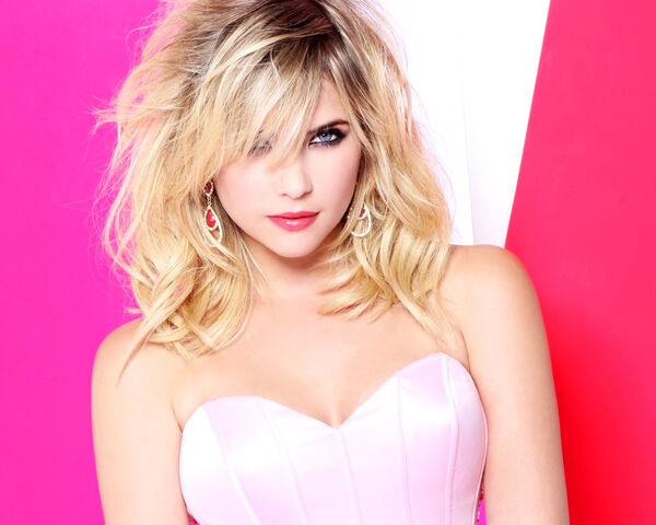 File:Ashley Benson Hot 10.jpg