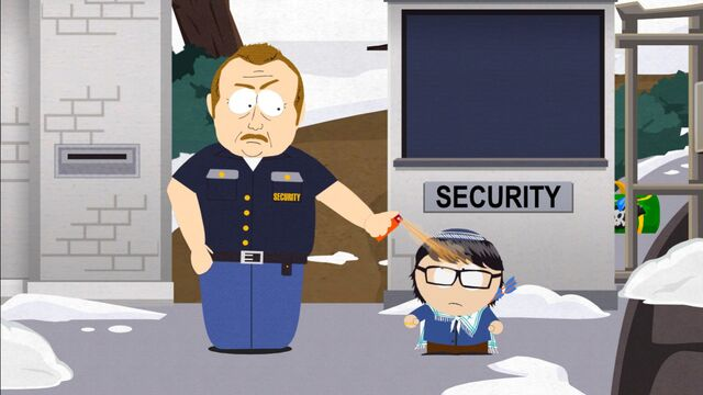 File:Security guard pepper spray.jpg