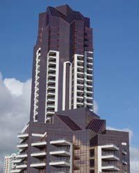 File:RealWorld Honolulu Plaza.jpg