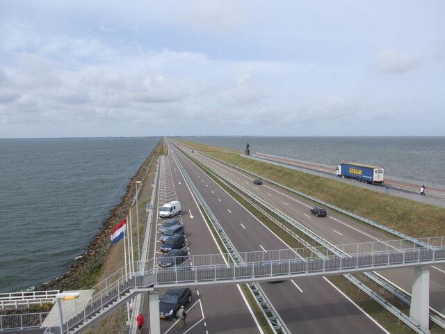 File:Afsluitdijk.jpg