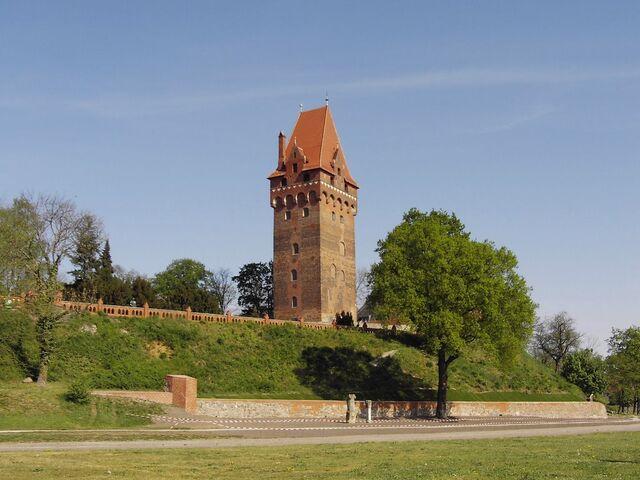File:RealWorld Schlossturm.jpg