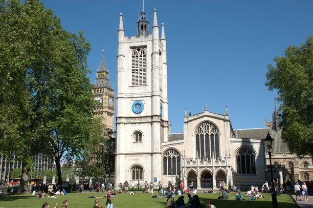File:St Margaret's Church.jpg