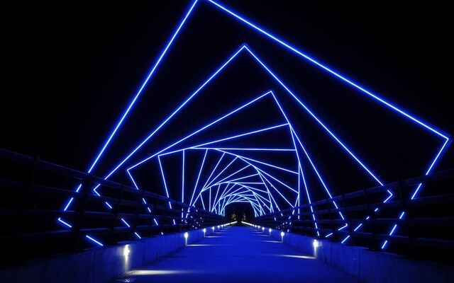 File:RealWorld Technopark Walkway.jpg