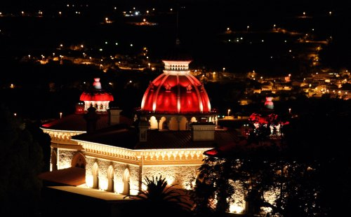 File:RealWorld Montserrat Palace (Night).jpg