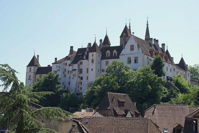 File:RealWorld Neuchatel Castle.jpg