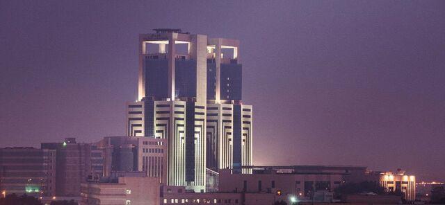 File:RealWorld Al-Othman Tower (Night).jpg