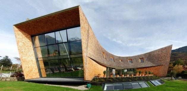 File:RealWorld Villa San Valentino.jpg