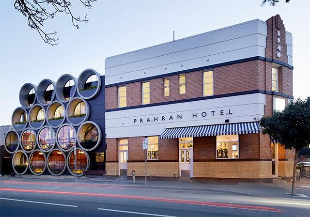 File:RealWorld Prahran Hotel.jpg