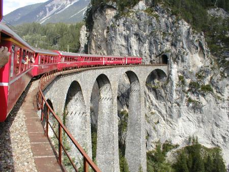File:Landwasser Viaduct.jpg