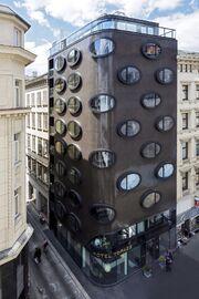 RealWorld Hotel Topazz