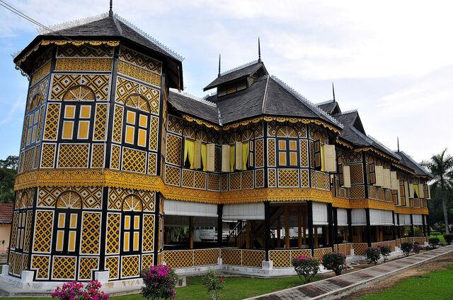 File:RealWorld Kenangan House.jpg