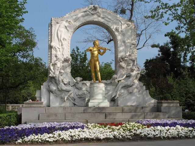 File:Johann Strauss Denkmal.jpg