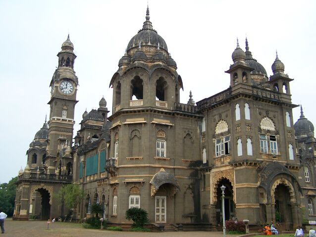File:RealWorld Shree Chhatrapati Shahu Palace.jpg