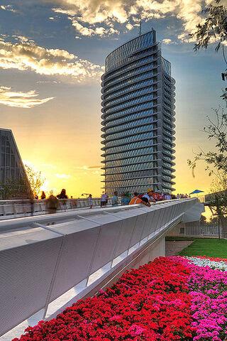 File:RealWorld Torre del Agua Exhibition Center.jpeg