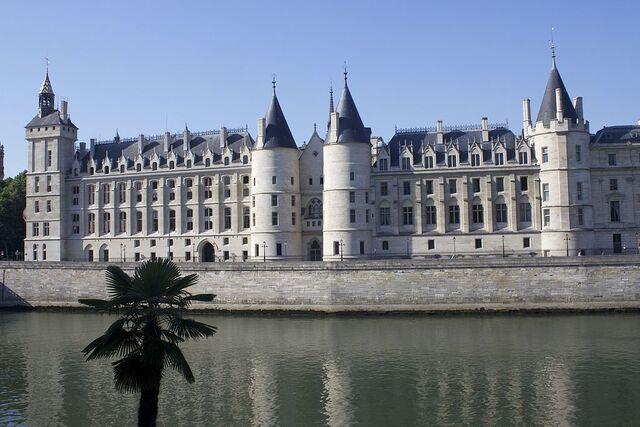 File:RealWorld La Conciergerie.jpg