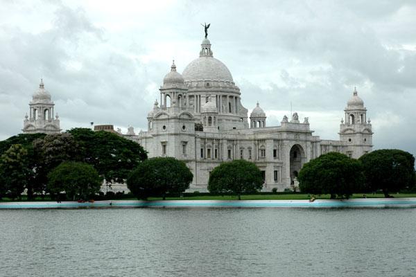 File:Victoria Memorial.jpg