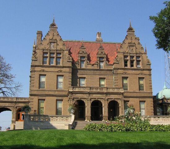 File:RealWorld Pabst Mansion.jpg