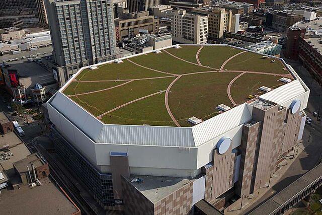File:Target-Center-Vegetated-Roof.jpg