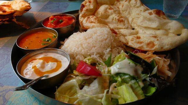 Bestand:Urban Bistro - Vegetarian Curry.jpg