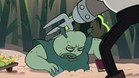 S2E20 Meat Fork knocks Buff Frog out with his metal hand