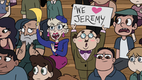 S1E5 Jeremy's parents in the crowd
