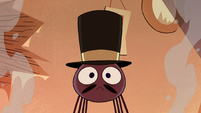 S2E22 Spider With a Top Hat's top hat returns to normal