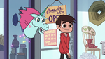 S2E24 Pony Head asks Marco Diaz about pizza