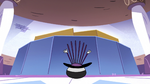 S2E22 Spider With a Top Hat falls inside his own top hat