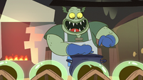S2E12 Buff Frog serving breakfast to his babies