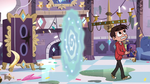 S3E4 Marco enters King River's messy bedroom