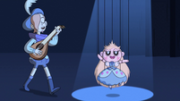 S2E40 Ruberiot sings next to the Star Butterfly puppet