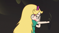 S3E5 Star Butterfly gets her fist stuck in the wall