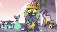S3E7 King Ludo pleased by his procession