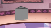 S2E23 Eclipsa's pedestal raises off the ground