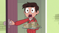 S2E30 Marco Diaz scared of Baby