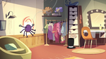 S2E22 Spider With a Top Hat throws himself at the wall yet again