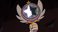 S2E28 Star Butterfly's wand starts to glow