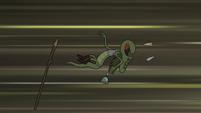S2E20 Monster guard 1 goes flying