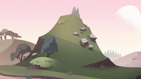 S2E15 Small hill on Mewni